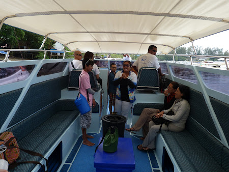 Transport Thailanda: In barca spre Phi Phi