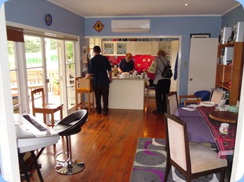 Yvonne Moller, our gracious host, preparing lunch prior to most of our members had arrived for the Coffee Day. Peter Litllejohn and Jeanette Beamish assisting.