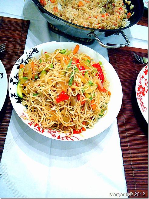 noodles με λαχανικα