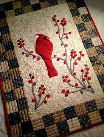 redbird and berries mini quilt tutorial