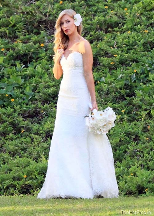 Leah Felder Hot Wedding Photos 5