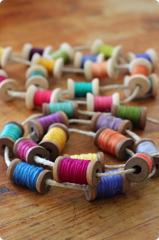 spool and thread garland from alwaysinwonder (10)