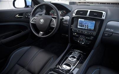 2012-Jaguar-XKR-S-cockpit-2