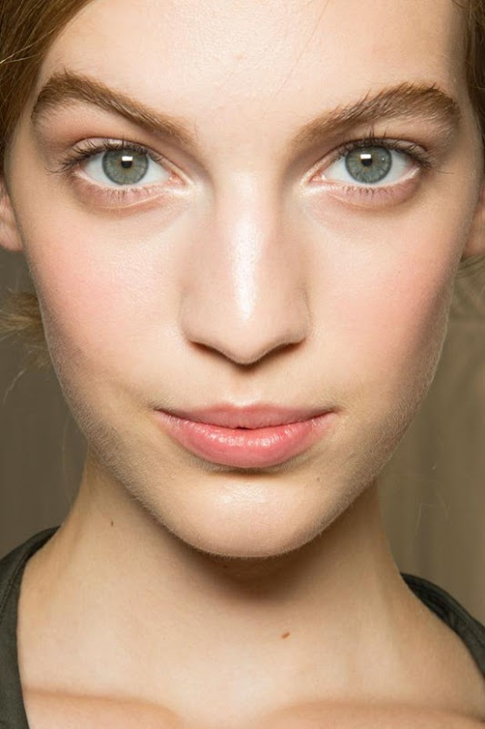 valentino-beauty-spring-summer-2013-pfw20
