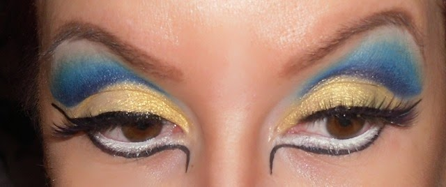 04-halloween-cleopatra-egypt-queen-makeup-look-hooded-eyes