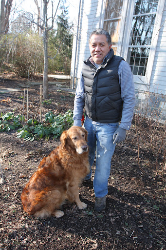 Dodi is Alex's dog.  Alex cares for Martha's house in East Hampton.  Oh Franny, it's just been such a long time since we last visited!  I miss those summer days by the beach.