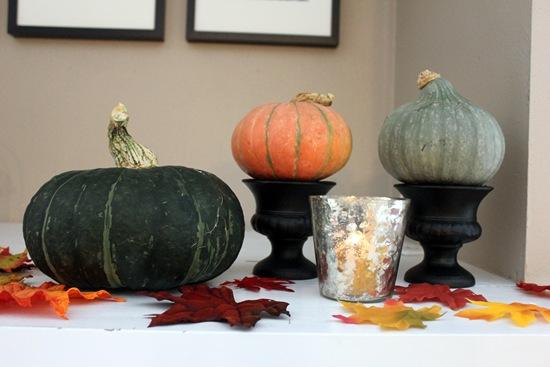 mantel-pumpkin