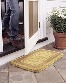 This DIY custom welcome mat will impress any new homeowner. Learn how to make it at: marthastewart.com/272368/custom-doormat