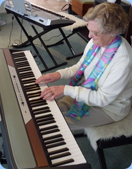 Eileen France played the Korg SP250