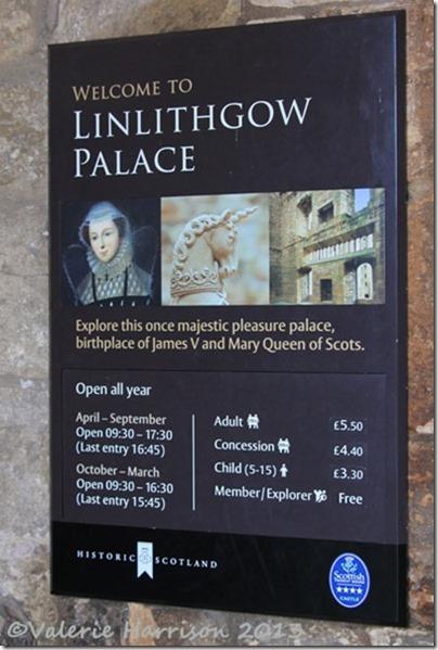 52-palace-sign
