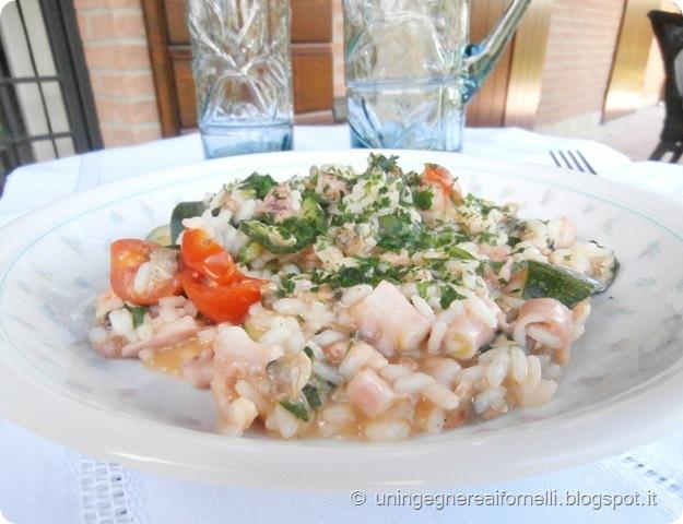 risotto polpo frutti mare zucchine pomodorini vongole gamberetti spinaci