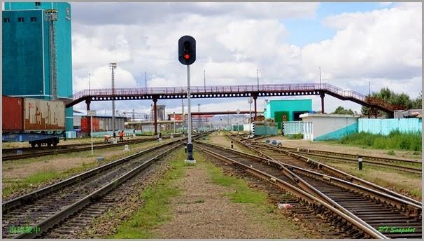 两条火车轨道的车站