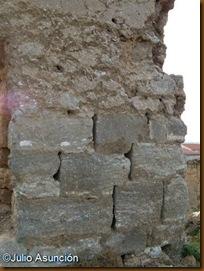 Detalle del basamento de la torre - La Torraza - Valtierra