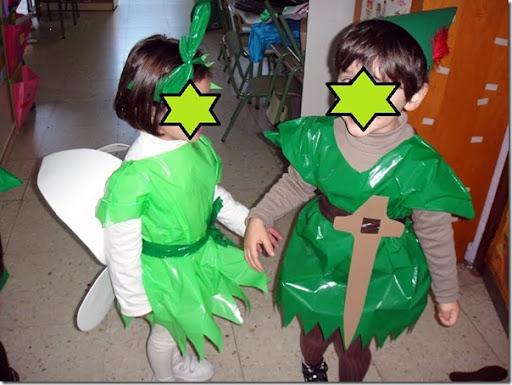 Disfraz bolsa de basura de Campanita y Peter Pan | pintar y jugar