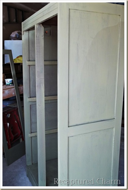 armoire milk paint 019a