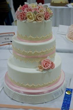Sugar Rose Wedding Cake-14