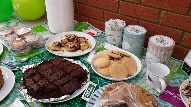macmillan, coffee morning, nicki kinickie, blog