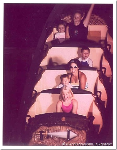 Fiesta Texas Log Ride 04