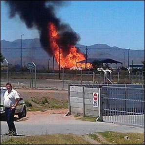 DE DOORNS ROBERTSON FIRE NOV14 2012 11H00AM