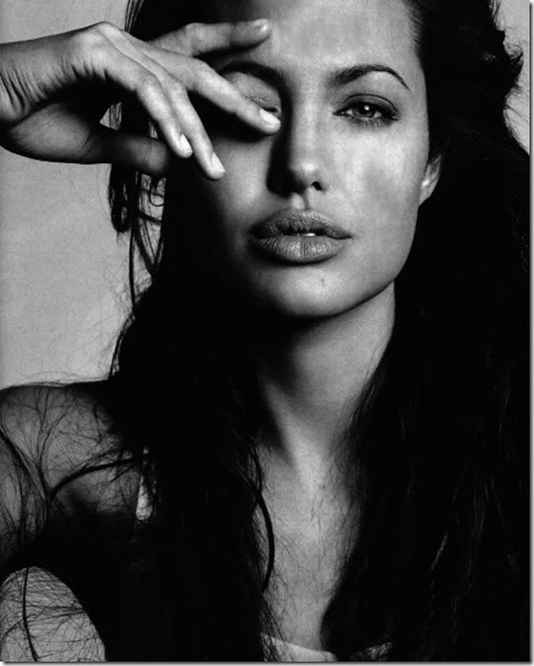 Angelina_Jolie051