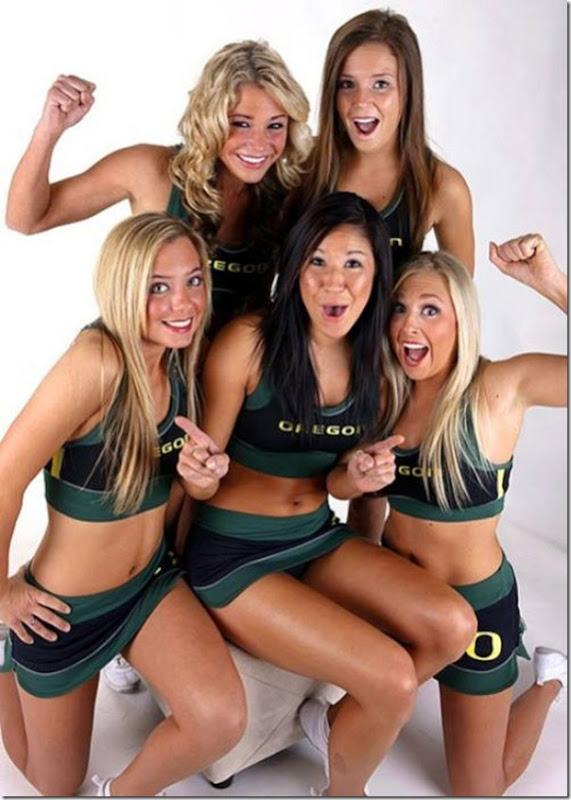 Oregon Cheerleaders (11)