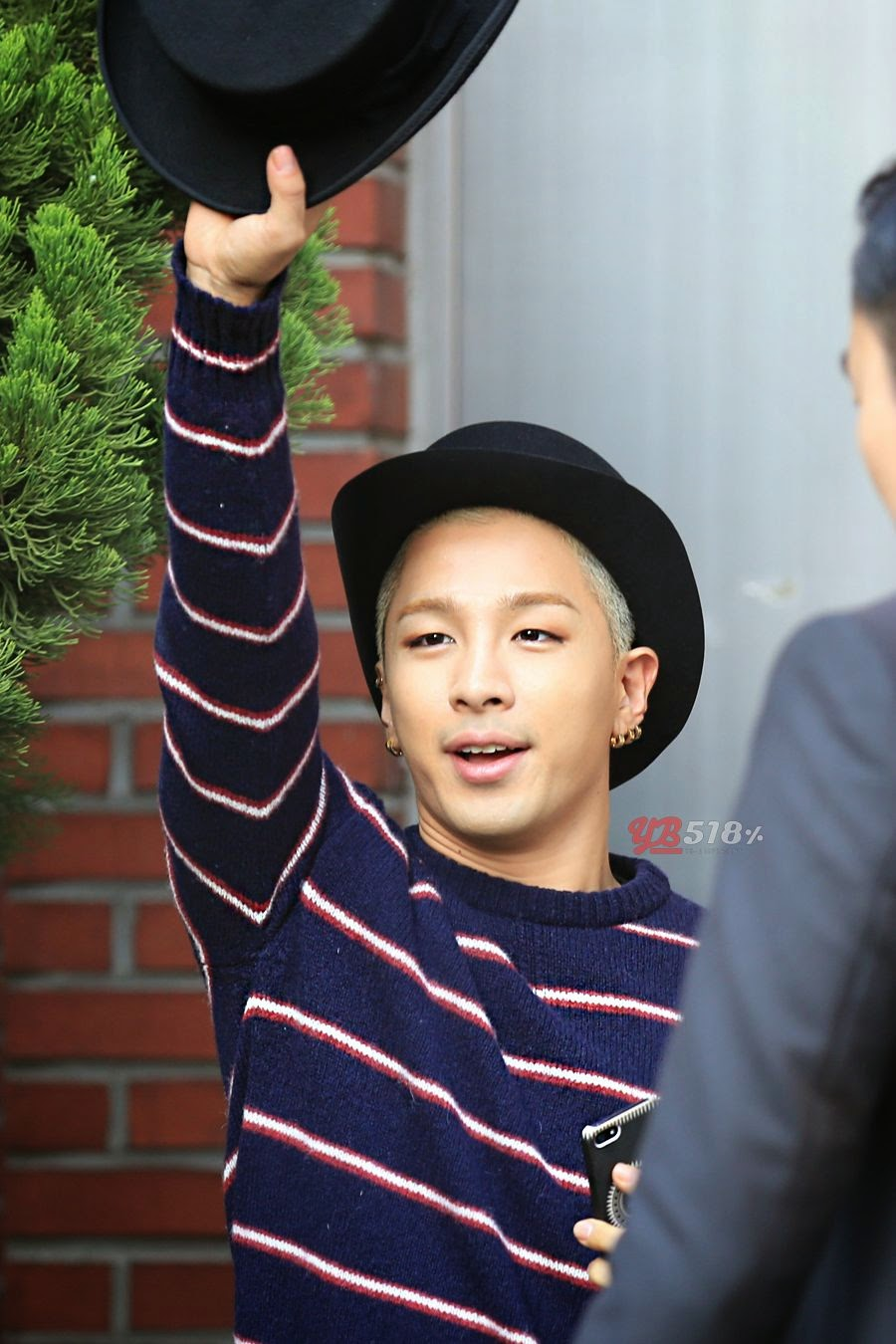 Tae Yang - BIGBANG Fan Meeting in Seoul - 18oct2014 - Fansite - YB 518% - 02.jpg