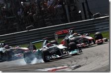 Schumacher, Hamilton e Button hanno dato spettacolo nel gran premio d'Italia 2011