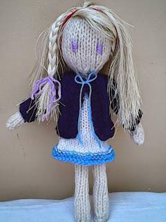 Free Knitting Patterns For Large Dolls : Free pattern: Kadie-jade knitted doll Holys stuff