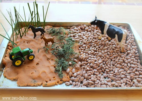 Farm Small World from Two-Daloo