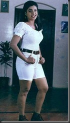 Roja_in_halfdress