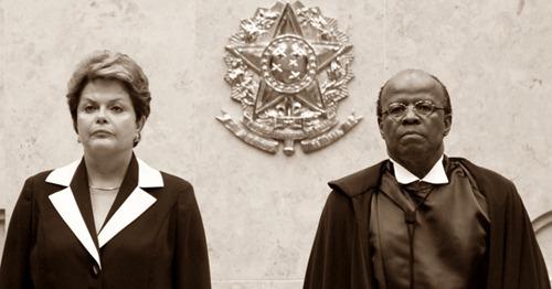 22nov2012---ao-lado-da-presidente-dilma-rousseff-o-ministro-joaquim-barbosa-toma-posse-como-presidente-do-stf-1353612765041_956x500