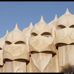 29.- Gaudí. Casa Milá
