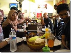makan siang gratis 3