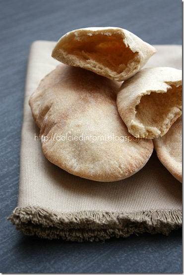Puffed-up pitta bread