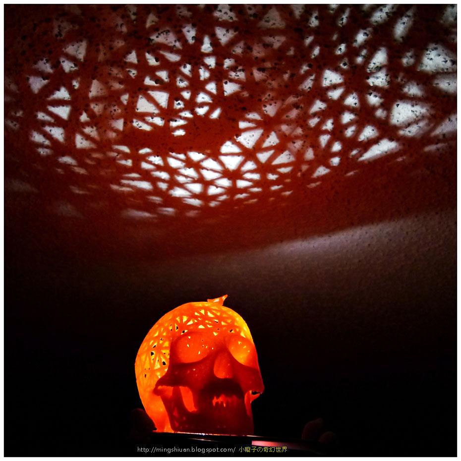 2014Halloween-skull-lamps14.jpg