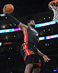 lebron james nba 130117 mia at lal 01 Boston Outlasts Miami in 2nd OT. LeBron Debuts Suede X PE!