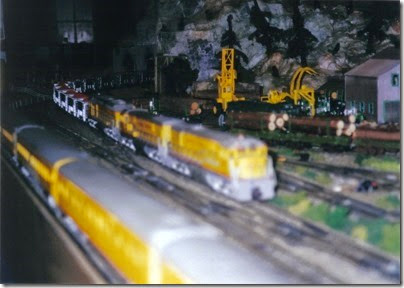 01 LK&R Layout at the Triangle Mall in February 2000