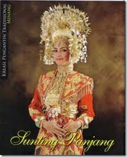 gaun pengantin adat minang