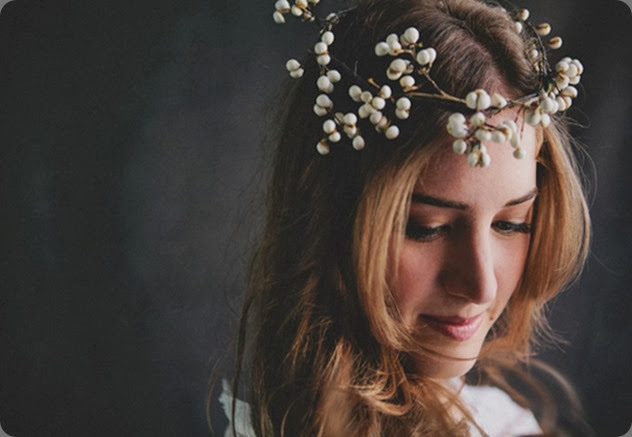 hair Tallow-Floral-Crown-Halo-Sullivan-Owen-Philadelphia  Jillian McGrath Photography