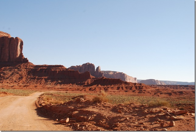 10-28-11 E Monument Valley 103