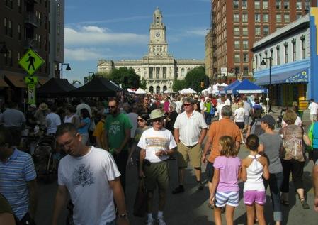 SaturdayFarmersMarket-1-2011-08-28-12-30.jpg