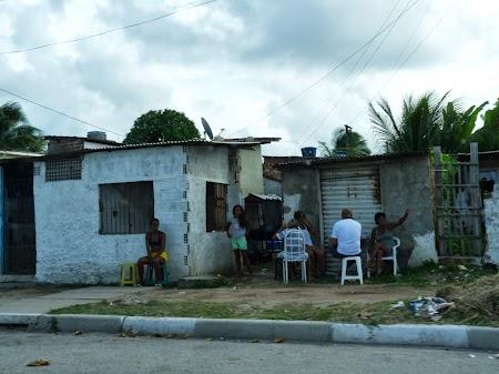 Cam asa aratau cartierele din Recife