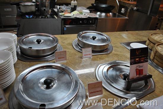 Cafe Ilang Ilang Buffet Manila Hotel 070