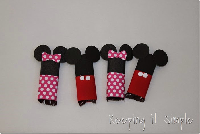 Mickey and Minnie Mouse Candy Bar Valentines  (8)