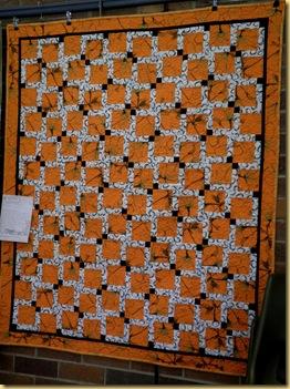 24.04.12 Diana Orange quilt