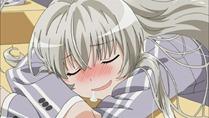 [HorribleSubs] Haiyore! Nyaruko-san - 01 [720p].mkv_snapshot_18.30_[2012.04.09_22.06.19]