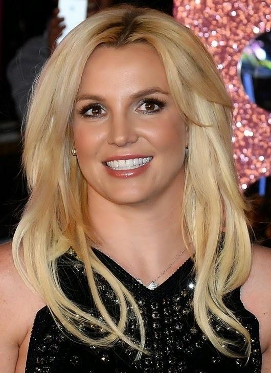 452640265EM032_Britney_Spea