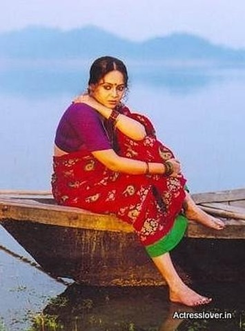 Bengali_actress_Sreelekha_Mitra_Hot_wet_picture (4)