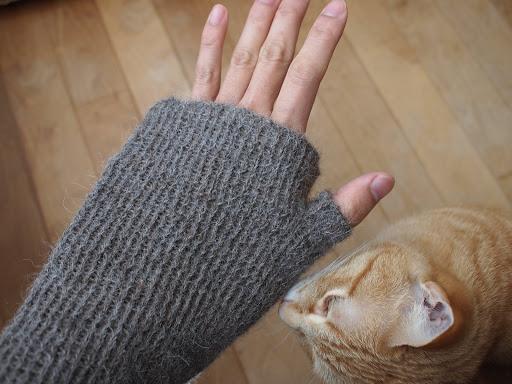 [写真]袋編みで親指をつけた