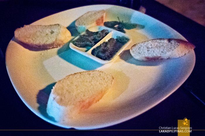 Complimentary Garlic Bread at Ocean Vida Restaurant in Malapascua Island